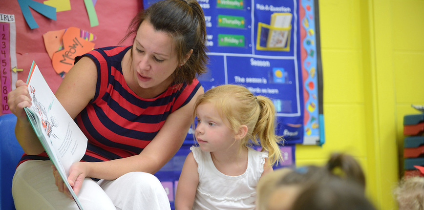 Storytelling at Willie Price encourages early childhood literacy.