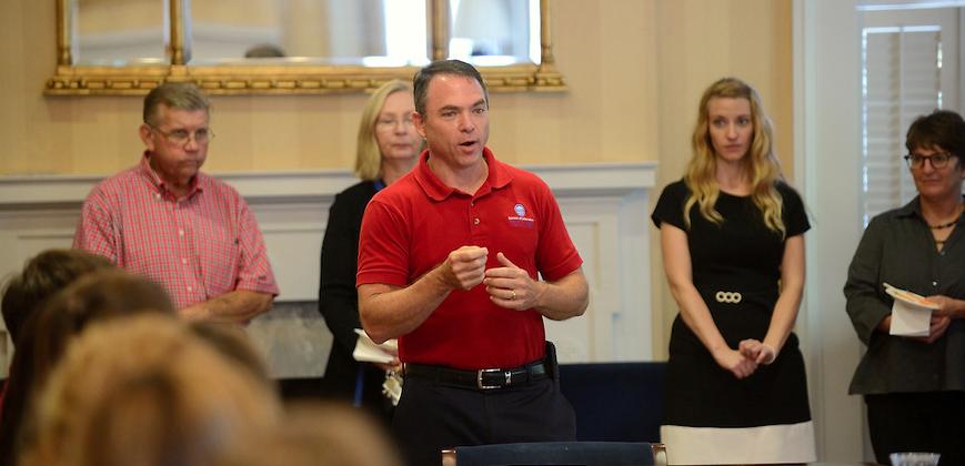 Dean David Rock addresses METP students.